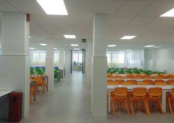 Menjador de l'escola Meritxell de Mataró
